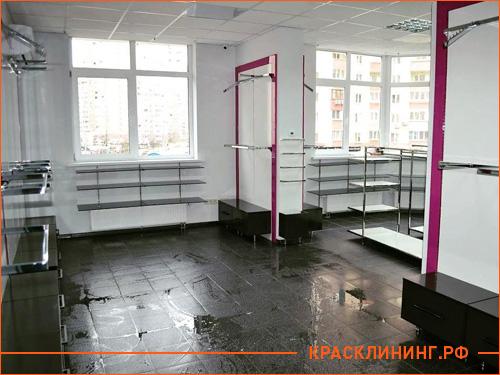 Процесс послестроительной уборки магазина в 80 квадратов
